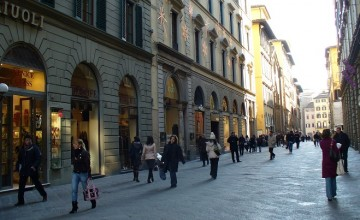 Shopping Via Roma in Florence