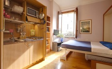 Double Bedroom with Cupboard