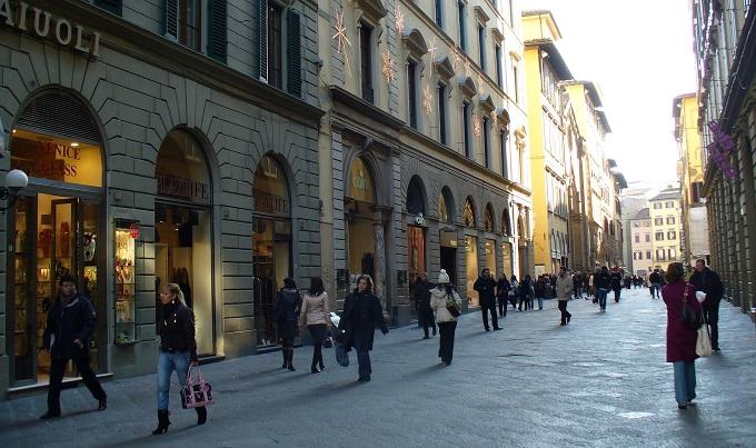 Shopping In Via Roma Via Del Corso And Via Calzaiouli