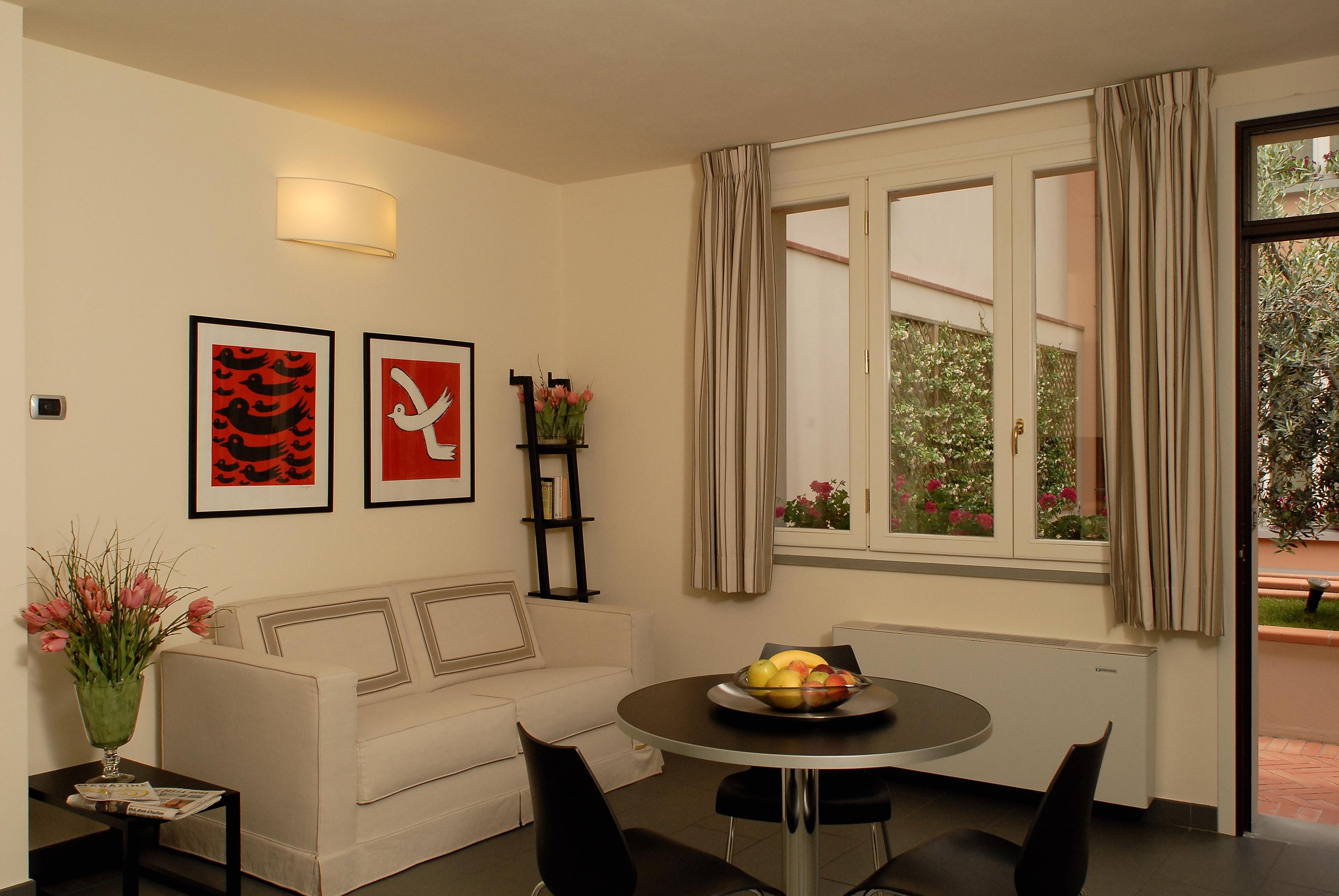 Cittadella classic residence in florence for Immagini di appartamenti moderni