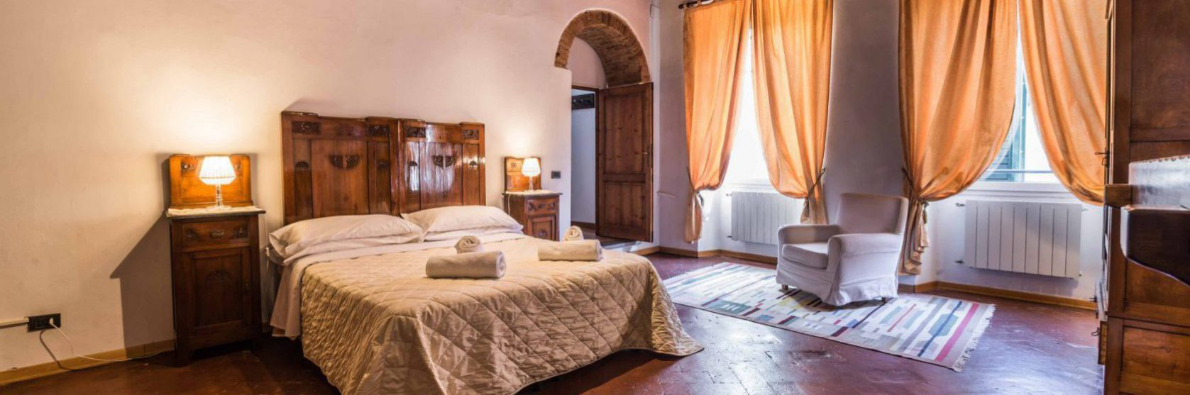 Header Picture 2 - Short and Long term rentals in Florence